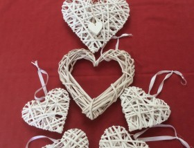 White wicker hearts